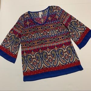 Red and blue printed 3/4 sleeve blouse